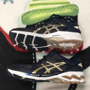 Womens ASICS Get-Kayano 26 Sneakers